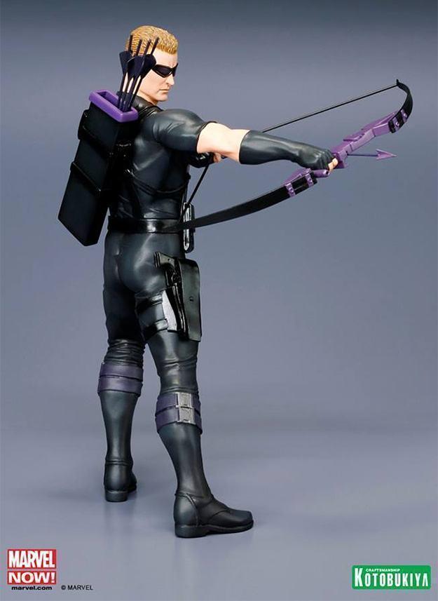 Hawkeye-Avengers-NOW-ArtFX-Statue-05
