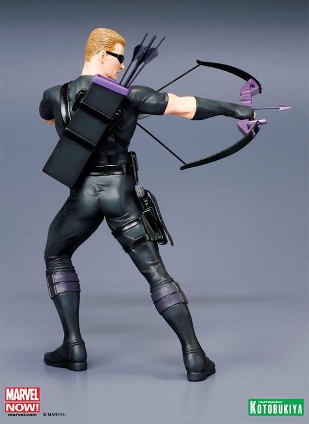 Hawkeye-Avengers-NOW-ArtFX-Statue-07