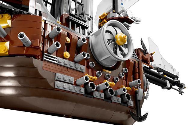 LEGO-Movie-MetalBeards-Sea-Cow-04