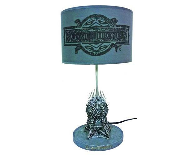 Luminaria-Game-of-Thrones-Iron-Throne-Table-Lamp-02