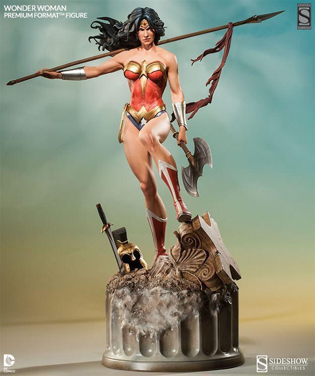 Wonder-Woman-Premium-Format-01