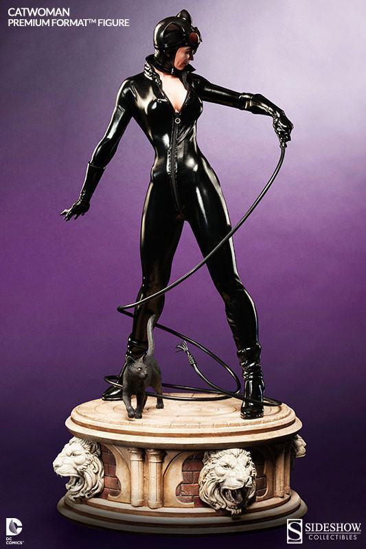 Catwoman-Premium-Format-05