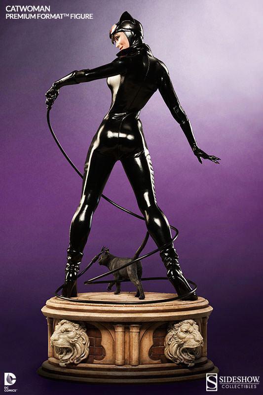 Catwoman-Premium-Format-07