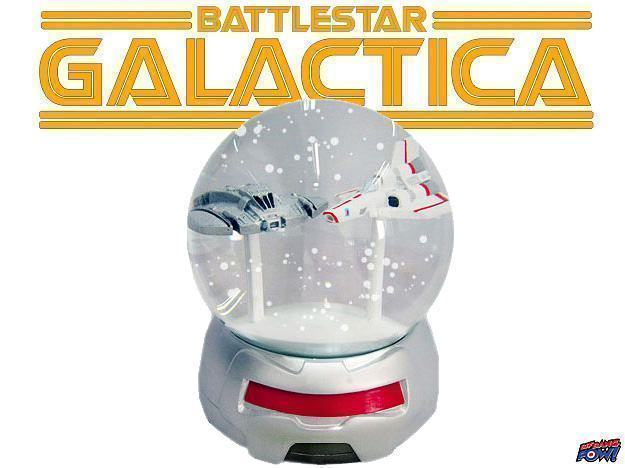 Globo-de-Neve-Battlestar-Galactica-Cylon-Viper-Battle-Snow-Globe-01