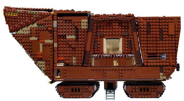 LEGO-Star-Wars-Sandcrawler-06
