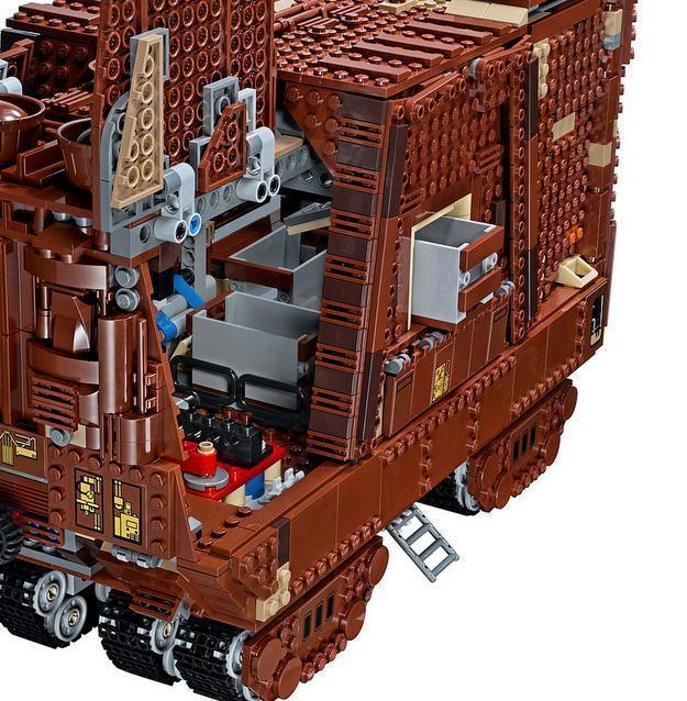 LEGO-Star-Wars-Sandcrawler-07