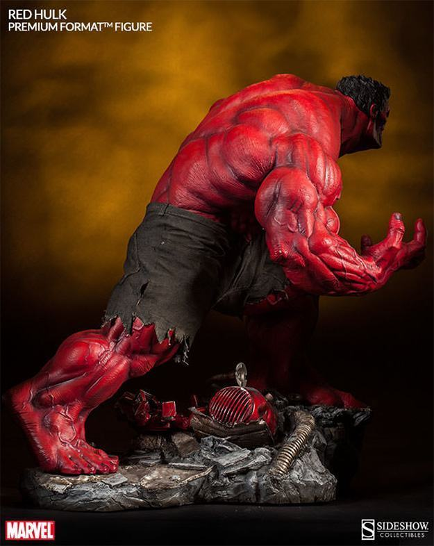 Red-Hulk-Premium-Format-Figure-07