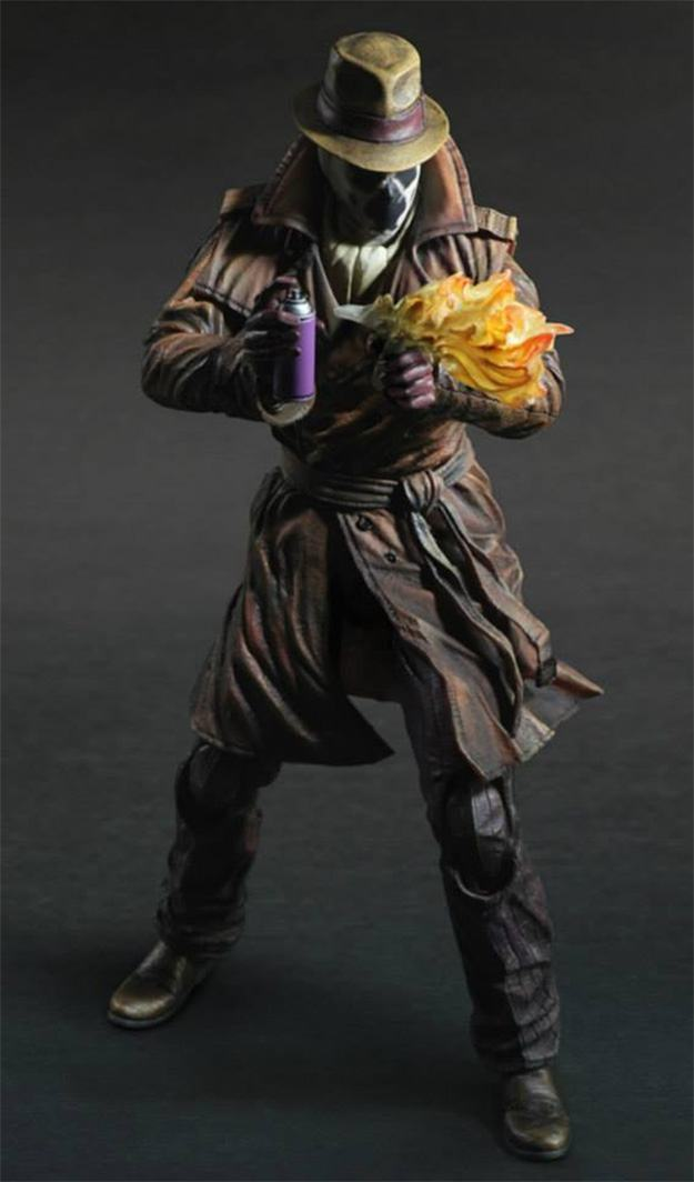 Rorschach-Watchmen-Play-Arts-Kai-Figure-04