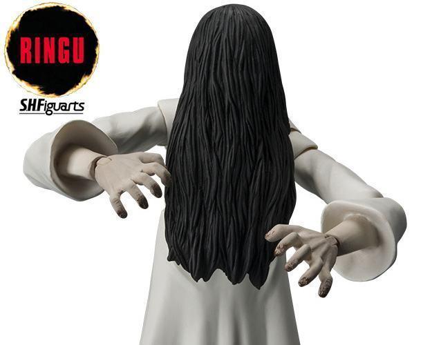 Sadako-Yamamura-Ringu-SH-Figuarts-Action-Figure-03