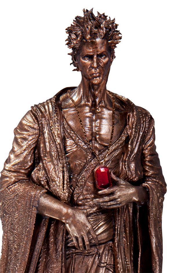 The-Sandman-Overture-Statue-04