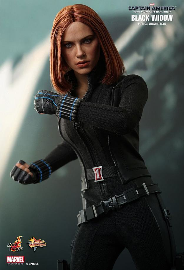 The-Winter-Soldier--Black-Widow-Collectible-Figure-HT-04