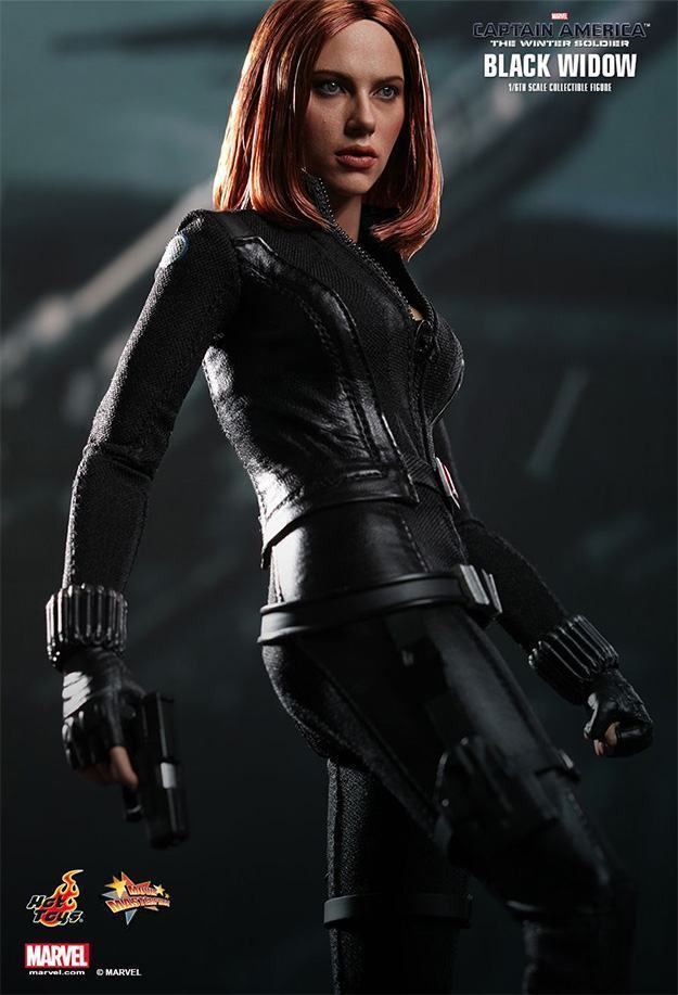 The-Winter-Soldier--Black-Widow-Collectible-Figure-HT-08