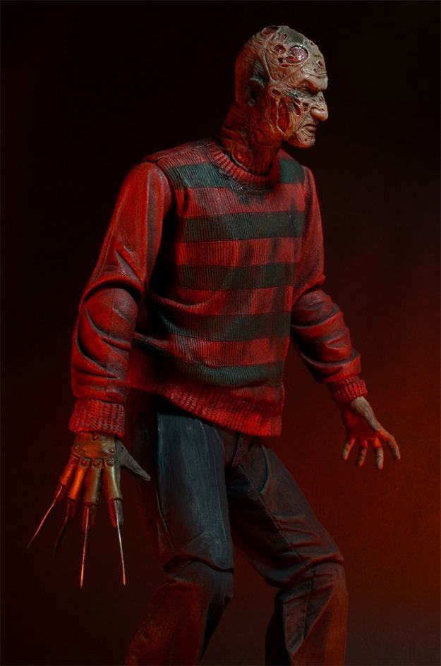 A-Nightmare-on-Elm-Street-30th-Anniversary-Ultimate-Freddy-Action-Figure-08