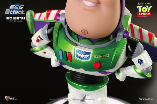 Buzz-Lightyear-Egg-Attack-Toy-Story-03