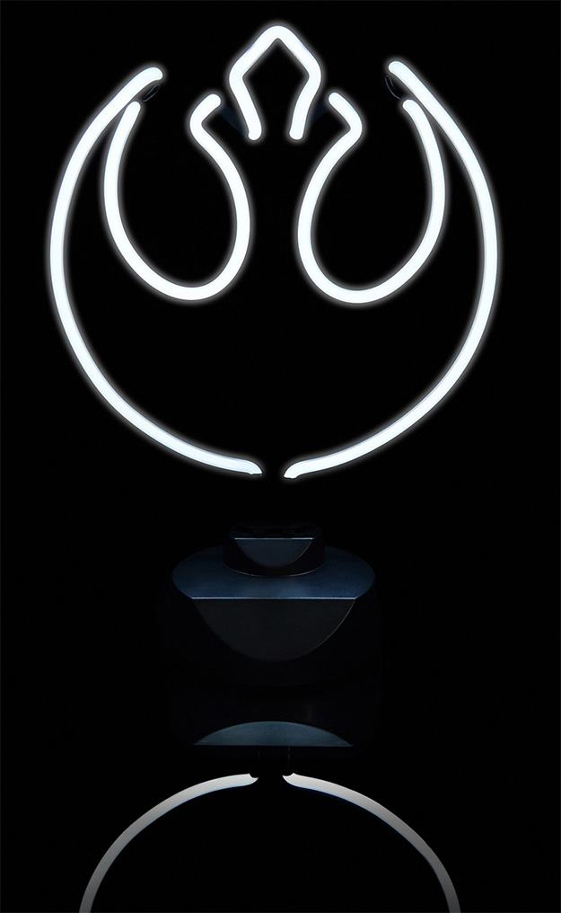 Luminarias-Star-Wars-Neon-Table-Light-02