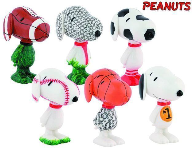 Peanuts-Snoopy-Sports-Figures-01