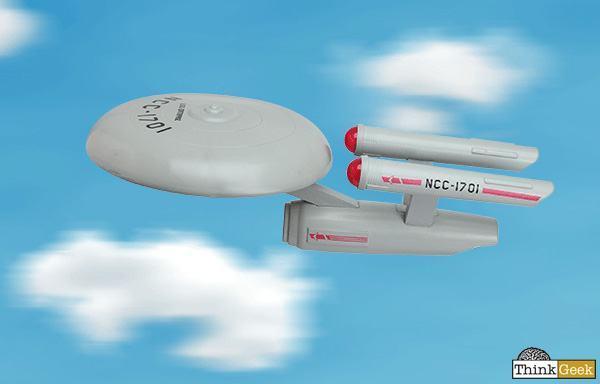 Star-Trek-USS-Enterprise-Flying-Disc-01