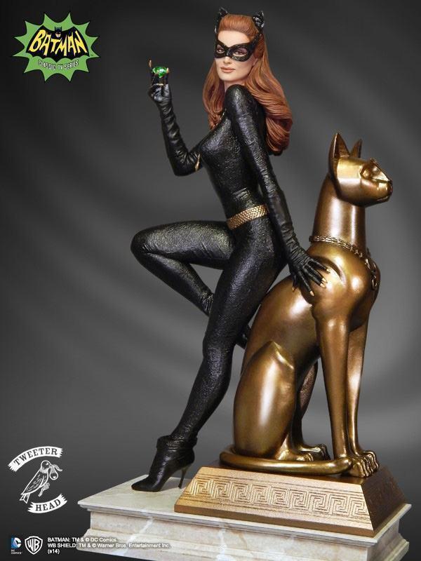 Catwoman-Batman-66-Maquette-Diorama-04