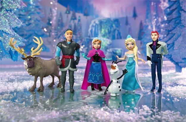 Disney-Frozen-Complete-Story-Playset-05