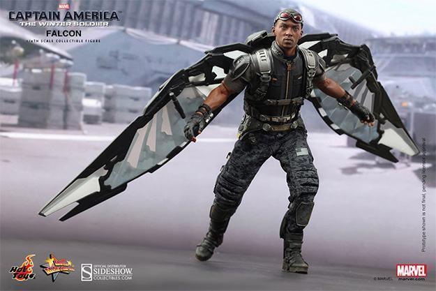 Falcon-Action-Figure-Hot-Toys-01