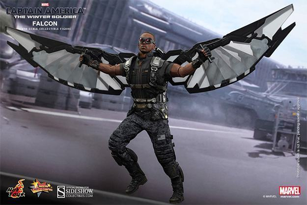 Falcon-Action-Figure-Hot-Toys-07