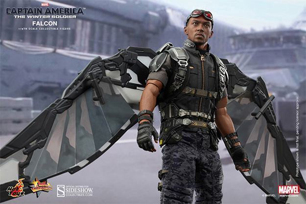 Falcon-Action-Figure-Hot-Toys-08