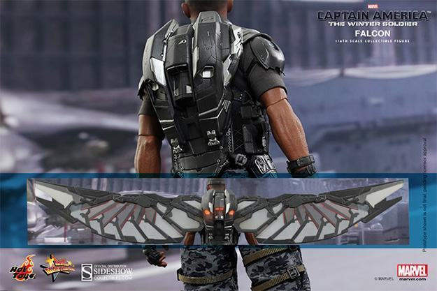 Falcon-Action-Figure-Hot-Toys-10