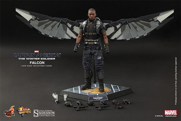 Falcon-Action-Figure-Hot-Toys-12