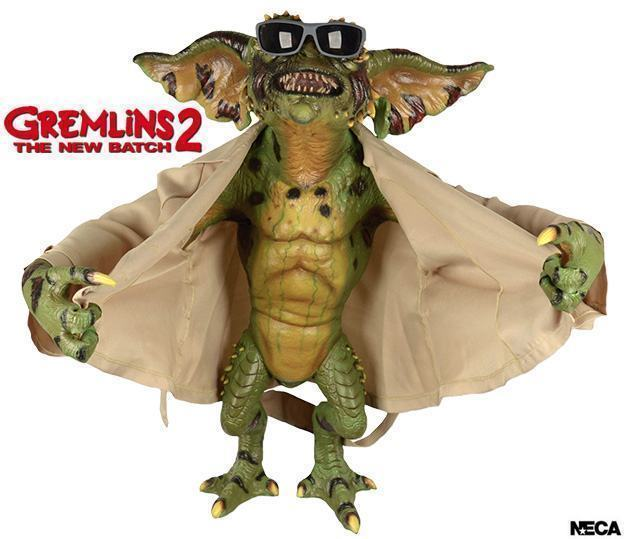Flasher-Gremlin-Life-Size-Stunt-Puppet-Prop-Replica-01