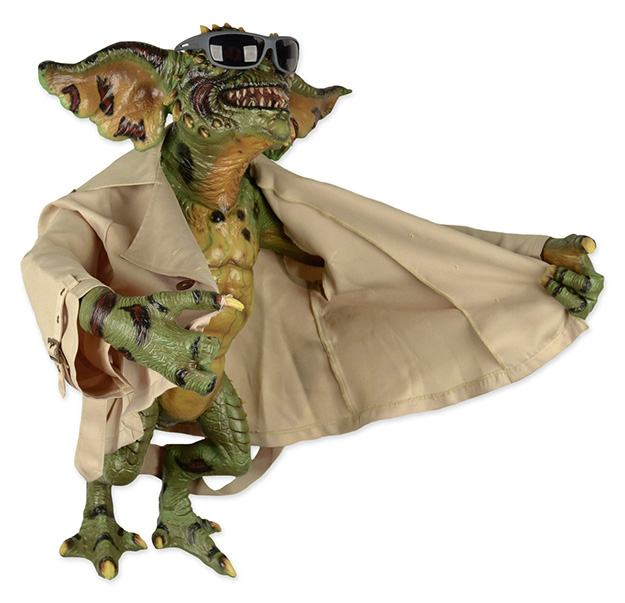 Flasher-Gremlin-Life-Size-Stunt-Puppet-Prop-Replica-02