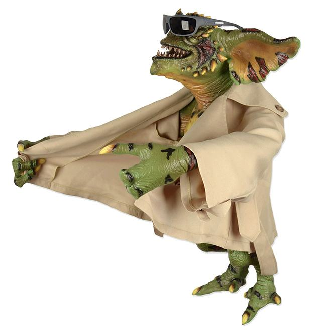 Flasher-Gremlin-Life-Size-Stunt-Puppet-Prop-Replica-03