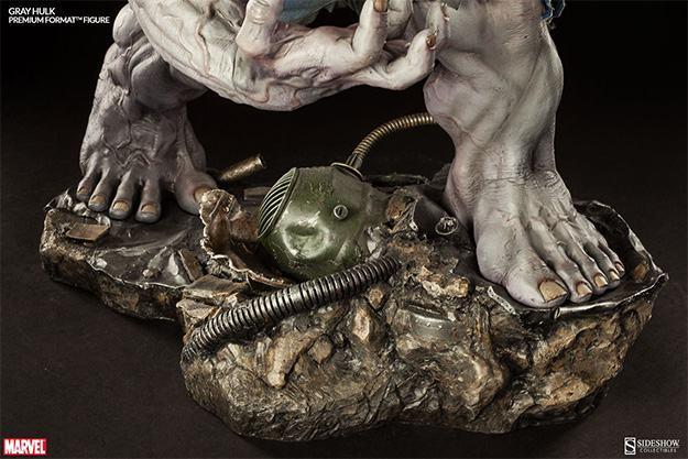 Gray-Hulk-Premium-Format-12