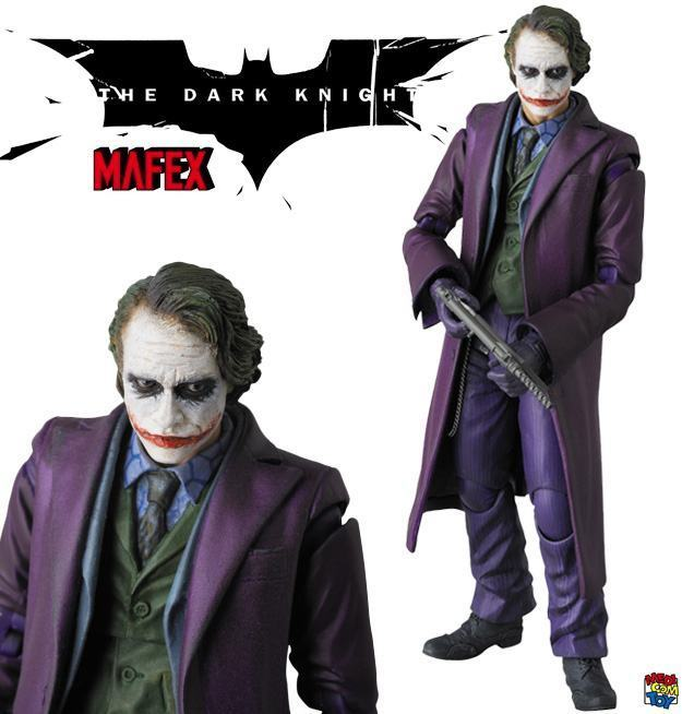 The-Joker-Heath-Ledger-MAFEX-Action-Figure-01