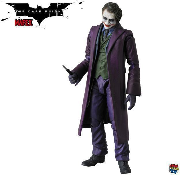 The-Joker-Heath-Ledger-MAFEX-Action-Figure-05