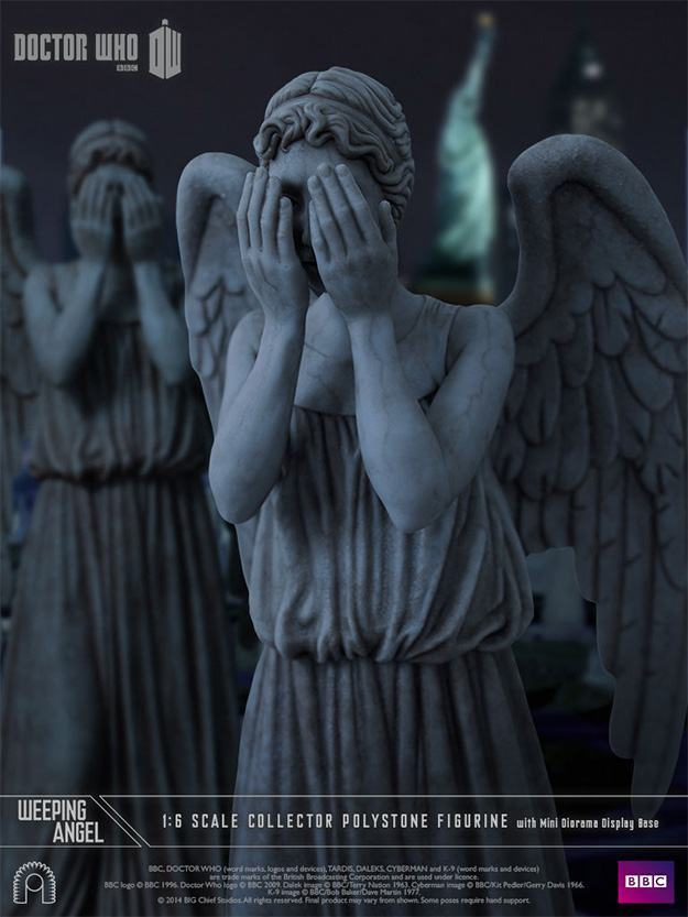 Weeping-Angel-Collector-Figurine-06