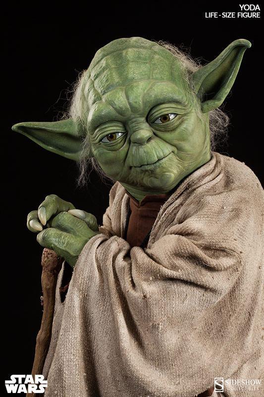 Yoda-Life-Size-Figure-Sideshow-03