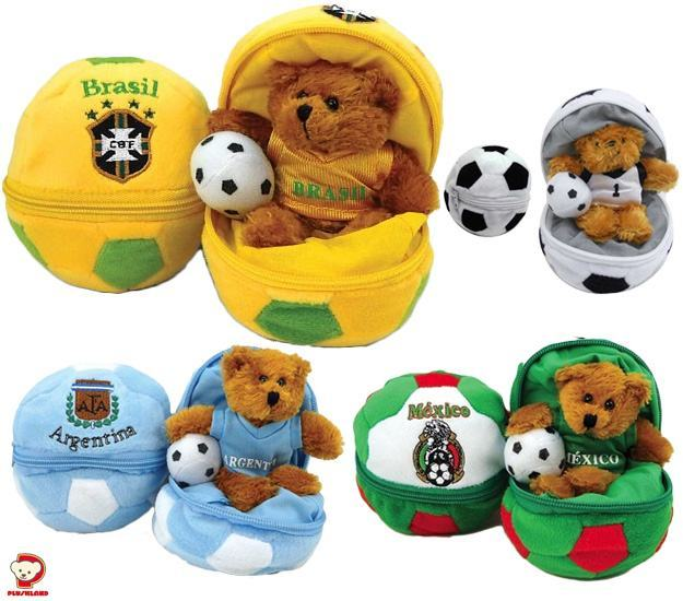 Copa-do-Mundo-Zipper-Soccer-Ball-Bear-01