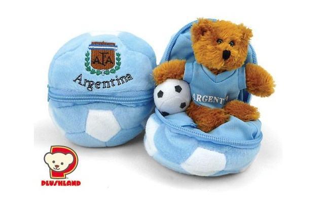 Copa-do-Mundo-Zipper-Soccer-Ball-Bear-03