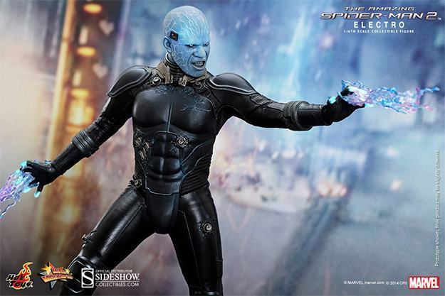 Electro-Collectible-Figure-Hot-Toys-07
