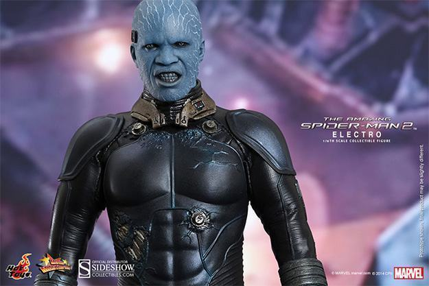 Electro-Collectible-Figure-Hot-Toys-09