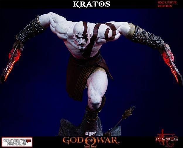 God-of-War-Kratos-Statue-02