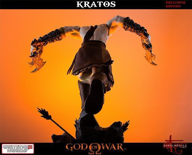 God-of-War-Kratos-Statue-07