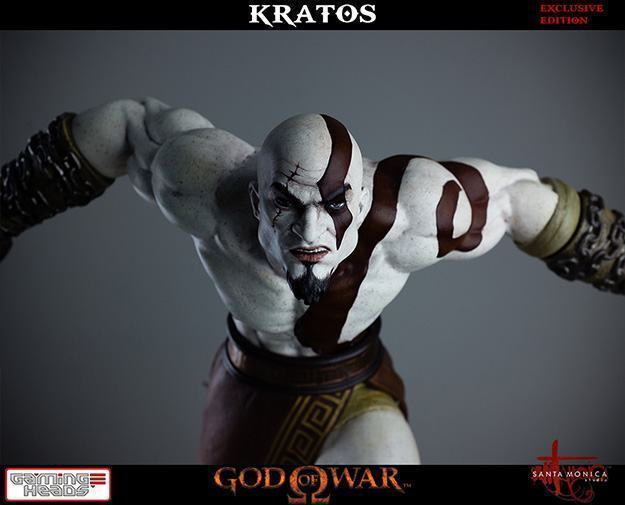 God-of-War-Kratos-Statue-10