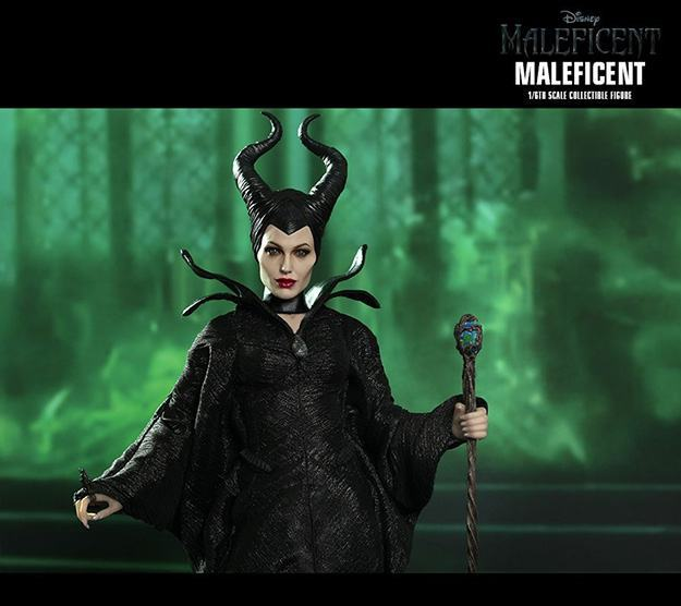 Maleficent-Hot-Toys-Collectible-Figure-05