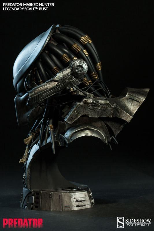 Masked-Hunter-Predator-Legendary-Scale-Bust-Sideshow-07