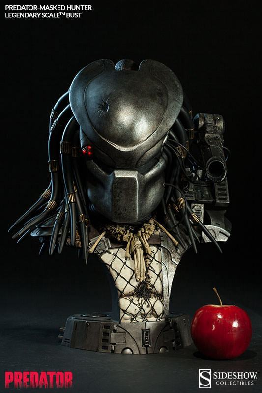 Masked-Hunter-Predator-Legendary-Scale-Bust-Sideshow-08
