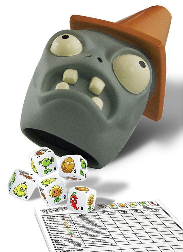 Plants-vs-Zombies-Collectors-Edition-Yahtzee-02
