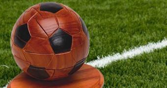 Quebra Cabeça 3D Bola de Futebol de Madeira!