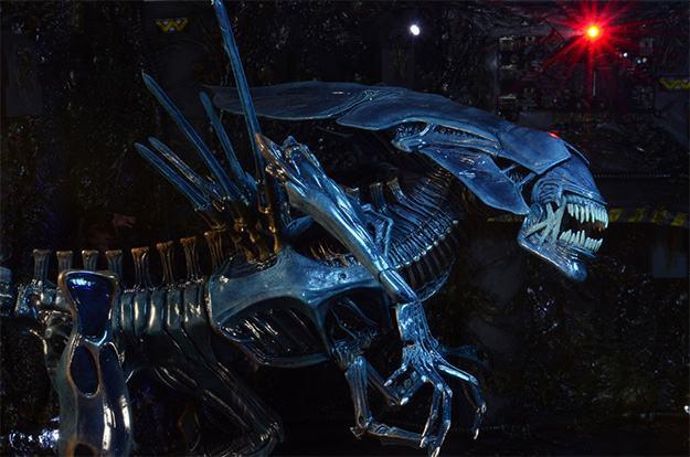 Aliens-Xenomorph-Queen-Ultra-Deluxe-Action-Figure-08