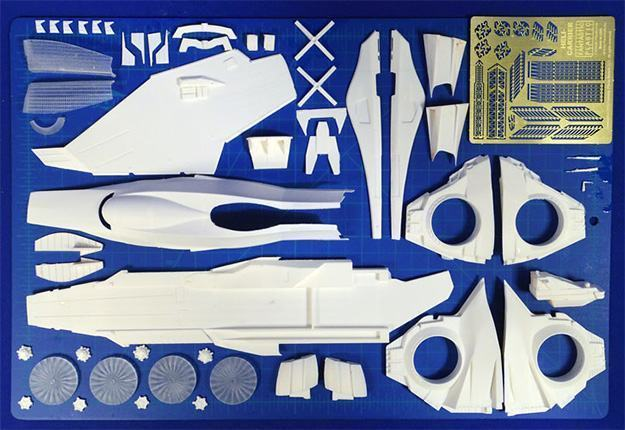 Avengers-SHIELD-Helicarrier-Scale-Model-Kit-02